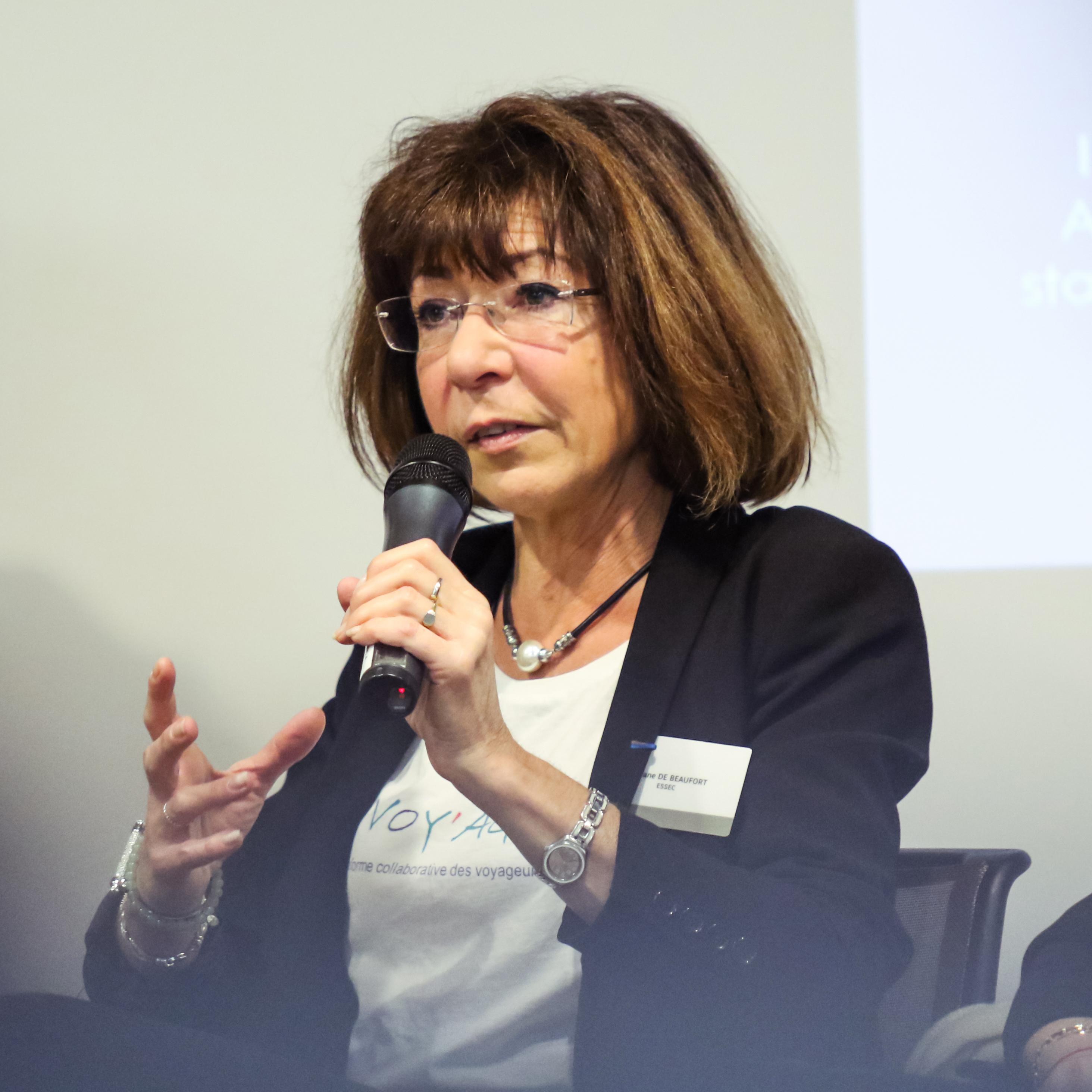 Viviane De Beaufort, Présidente